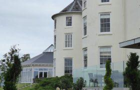 Cotswolds-Suite-Exterior---Tewkesbury-Park-10