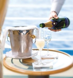 Champagne in Suite Silver Shadow - Silversea Cruises