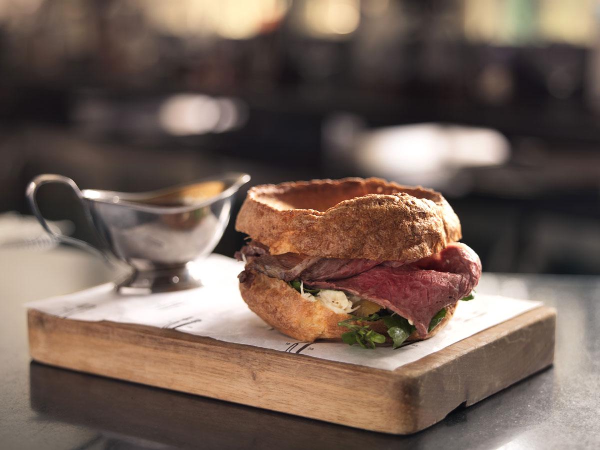 Yorkshire-Pudding-Sandwich