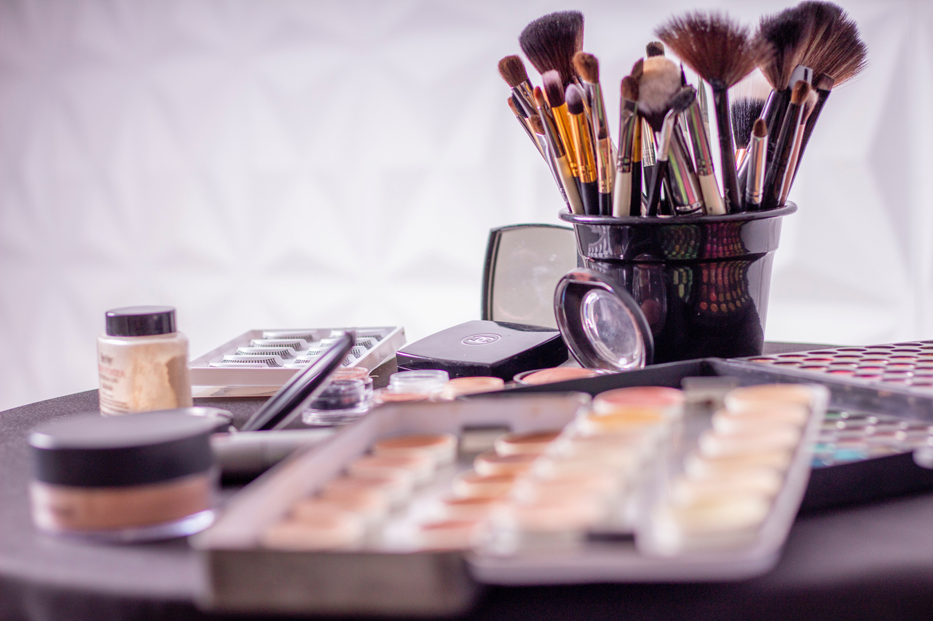 MAIN-IMAGE-7-Ways-to-Revitalise-Beauty-Products