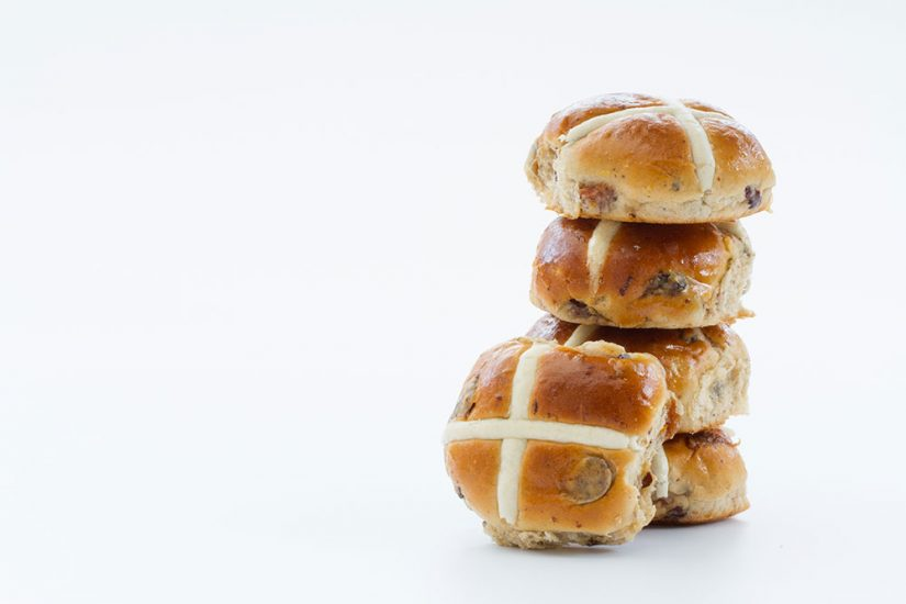 Hot-Cross-bunsLARGE