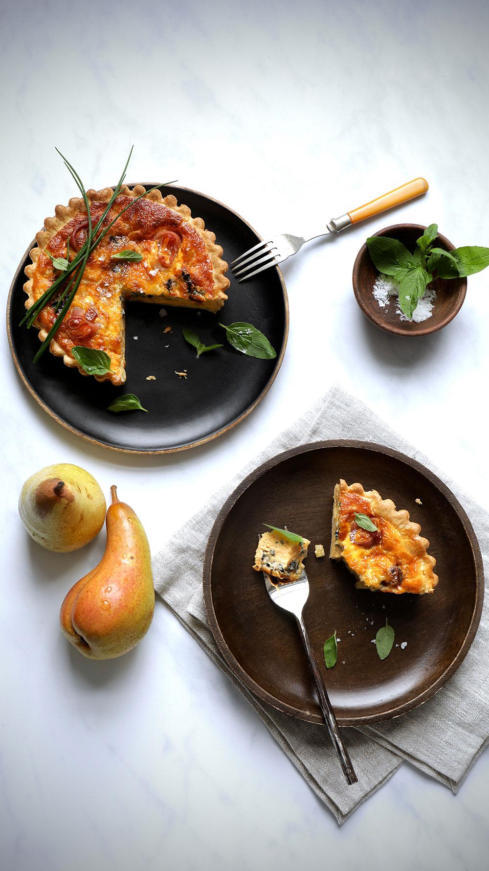 Milly-DL-Cookbook-Pear-gorgonzola-prosciutto-tart