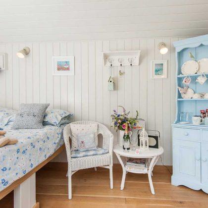 IMAGE-3---Dolly-Blue,-Hampshire-2